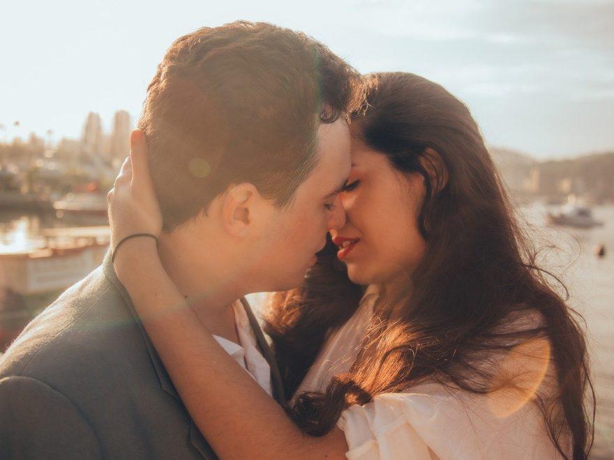 Erstes Date - Kuss
