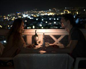 Wer zahlt beim ersten Date?
